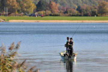 vissen op het Werratalmeer